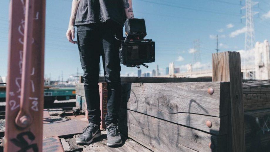 Государственная налоговая служба объявила, что музыканты и фотографы должны платить налоги