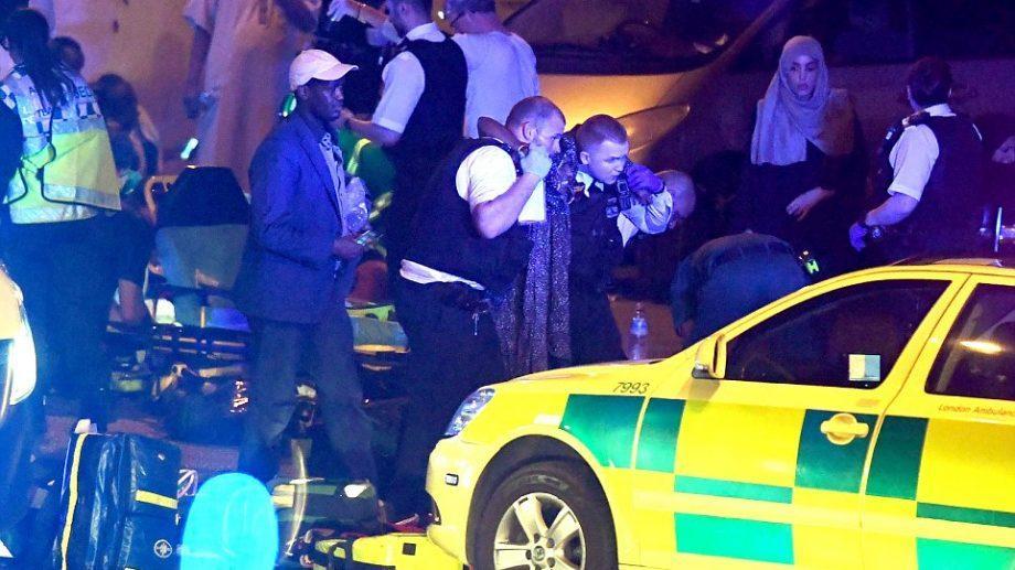 В Лондоне фургон наехал на пешеходов, есть пострадавшие