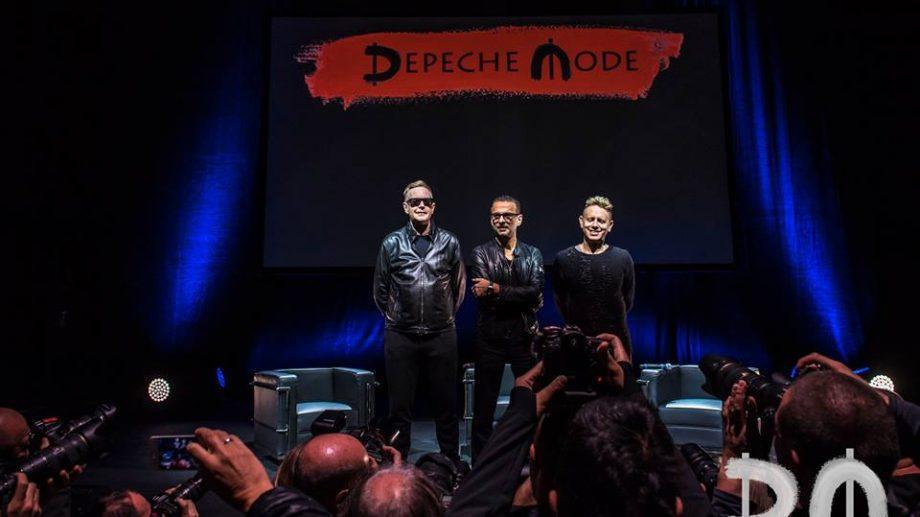 В Минске госпитализирован вокалист группы Depeche Mode