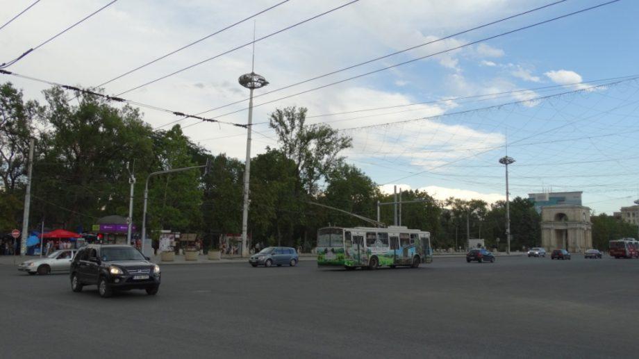 (документ) Центр Кишинева закроют для водителей и пешеходов из-за визита премьера Румынии