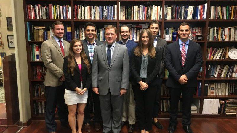 Оплачиваемая стажировка в адвокатской конторе в США для студентов, мастерантов и аспирантов