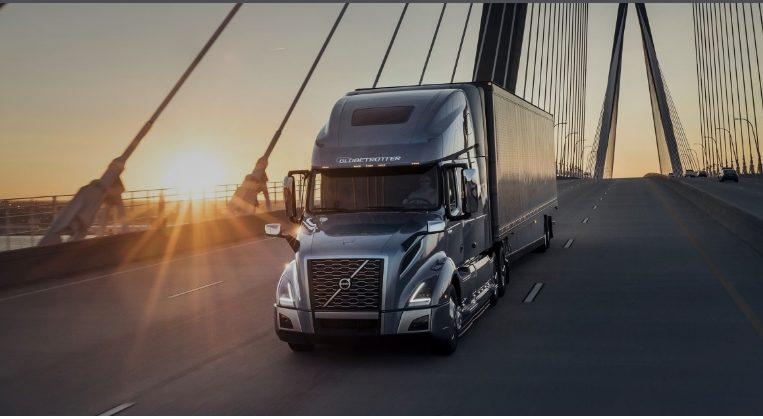 (видео) Volvo представила новую серию грузовиков VNL с функциями автономности