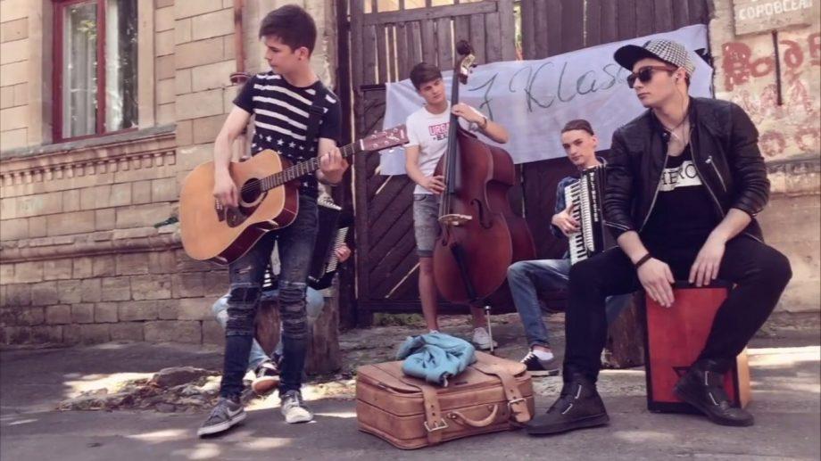 (видео) Молодая группа из Молдовы 7 Klase сняла клип на Iphone