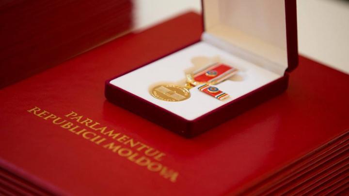 Вручены награды за выдающийся вклад в развитие Республики Молдова. Узнай, кто их получил