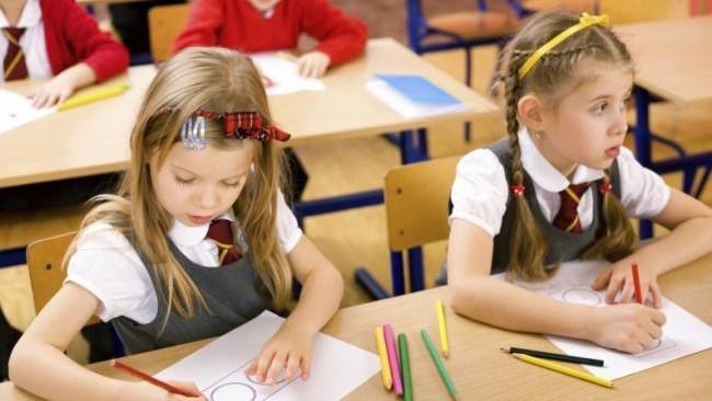 (док) От одних каникул к другим. Новое расписание учебного года для школ Молдовы