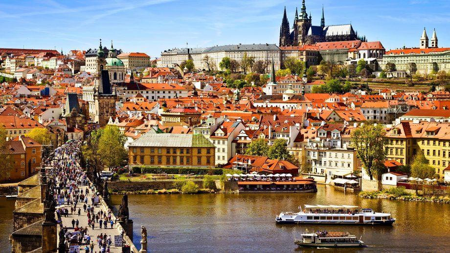 Издание The Telegraph опубликовало рейтинг самых дешевых городов для культурного сити-брейка этой осенью