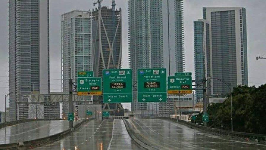 (фото) Город фантом: как выглядит Майами после эвакуации жителей