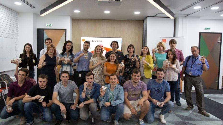 Orange Moldova запустила первую программу обучения в сфере IT – Java Academy. Вот, что рассказывают участники об этой возможности