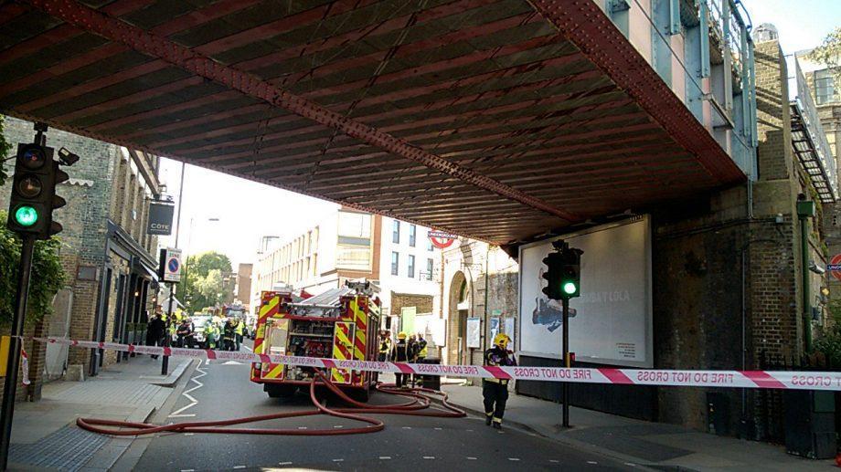 (фото, видео) В лондонском метро произошел взрыв