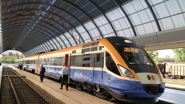 Поезд Кишинев-Бухарест снова будет курсировать ежедневно. Детали о графике и билетах