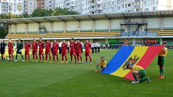 Сборная Молдовы по футбол готовится к реваншу против Греции