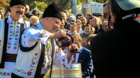 Молдавские вина завоевали 39 медалей на конкурсе Decanter Asia Wine Awards 2017