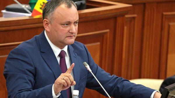 Игорь Додон утвердил отставку 6 министров