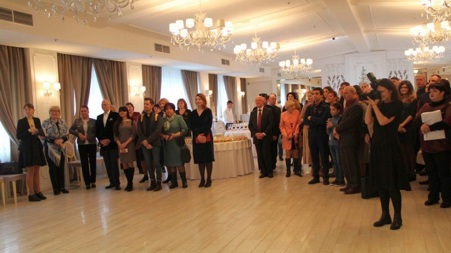 (фото) Представительство Россотрудничества в РМ наградило премией РЦНК партнеров и молодых соотечественников
