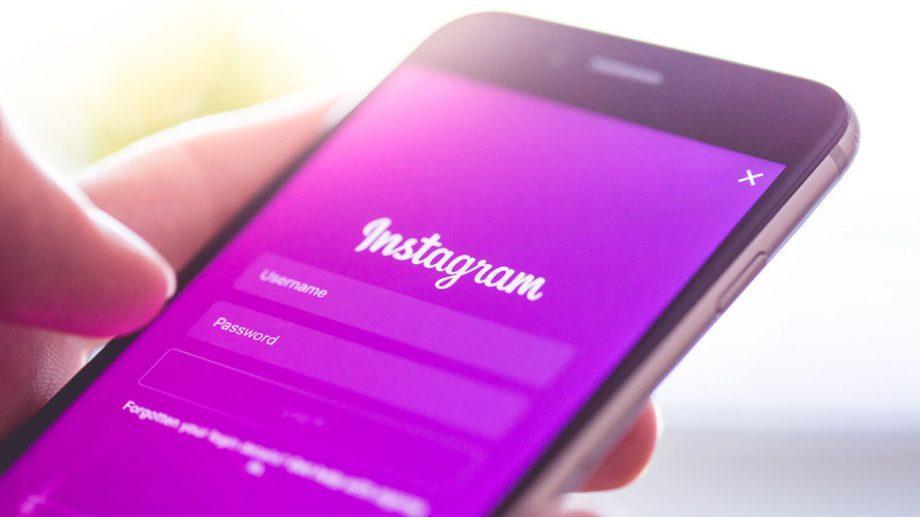 """В """"истории"""" Instagram теперь можно добавить анимированные GIF-стикеры"""