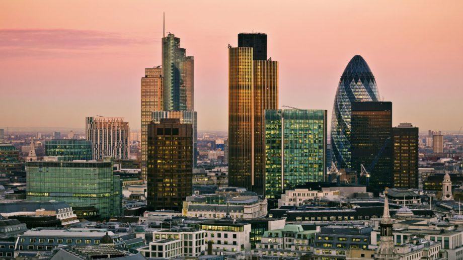 Лондон занял первое место в рейтинге по дороговизне аренды жилья для иностранцев. На втором месте Москва