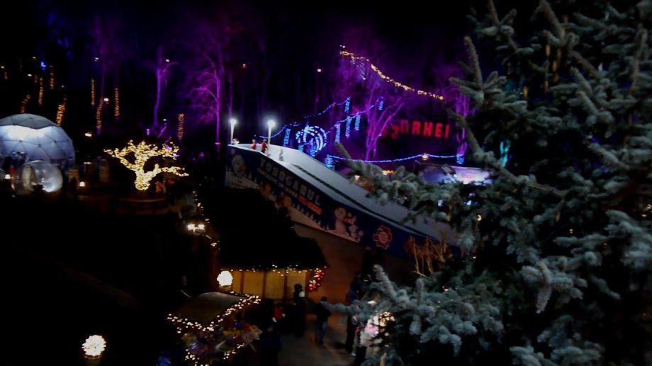 (видео) Вечерний Орхей в зимние праздники глазами молдавского фотографа Евгена Карузо