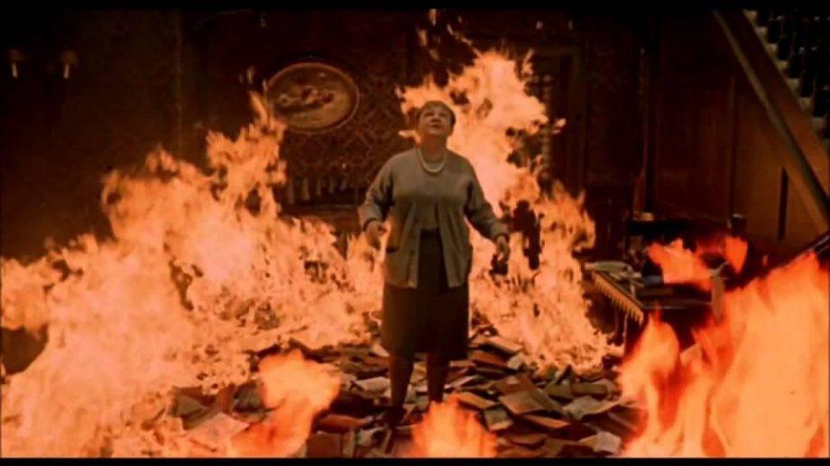 (видео) HBO опубликовал первый тизер к новой экранизации романа «451 градуса по Фаренгейту»