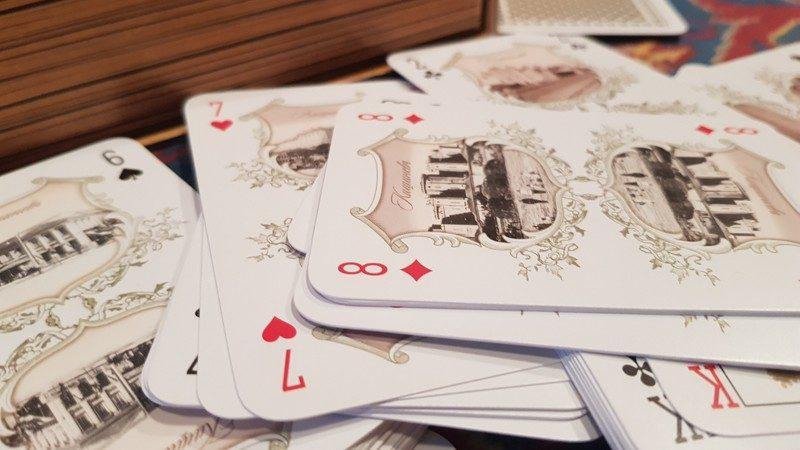 """(фото) Была создана колода игральных карт """"Старый Кишинев"""""""