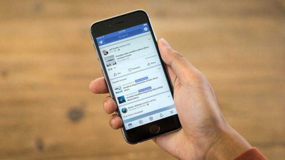 Facebook проиграл в борьбе с фейками