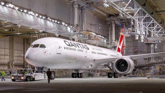 Заправленный биотопливом самолёт совершил перелёт из США в Австралию