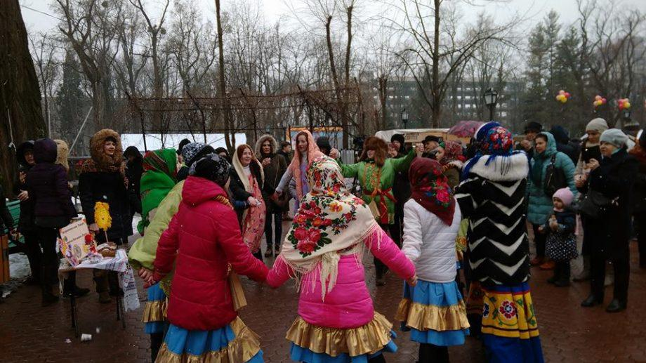 (фото) «Прощай, зима!» или как в Кишиневе отпраздновали Широкую Масленицу