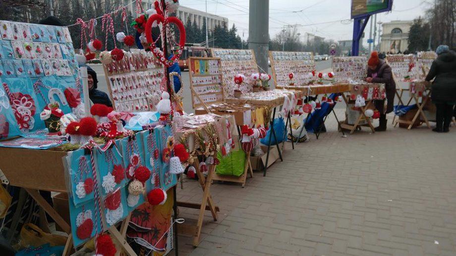 (фото) В Кишиневе открылась ярмарка мэрцишоров. Мы узнали, что там можно найти