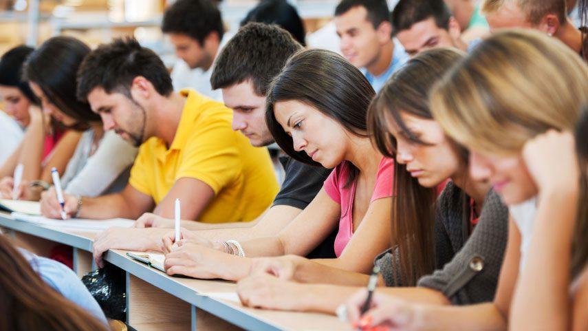 Лучшие студенты-докторанты страны получат от правительства почетные стипендии