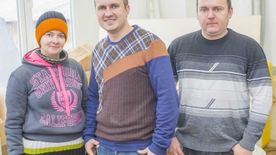 Иван Ходаковский, молодой человек из Тирасполя, производит необычные устройства для зарядки мобильных телефонов