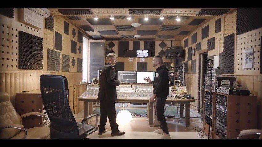 (видео) Необычный социальный эксперимент. Молодой молдавский рэпер встретился на дуэли с известным молдавским оперным певцом