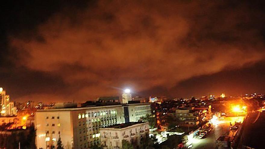 США, Франция и Великобритания выпустили по Сирии более 100 ракет