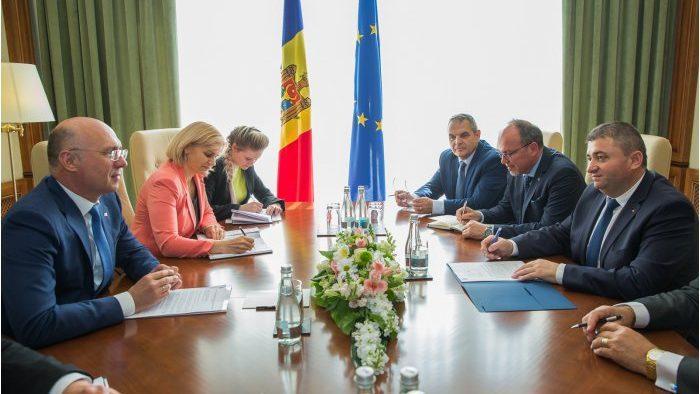Молдова и Румыния могут исключить тарифы на роуминг