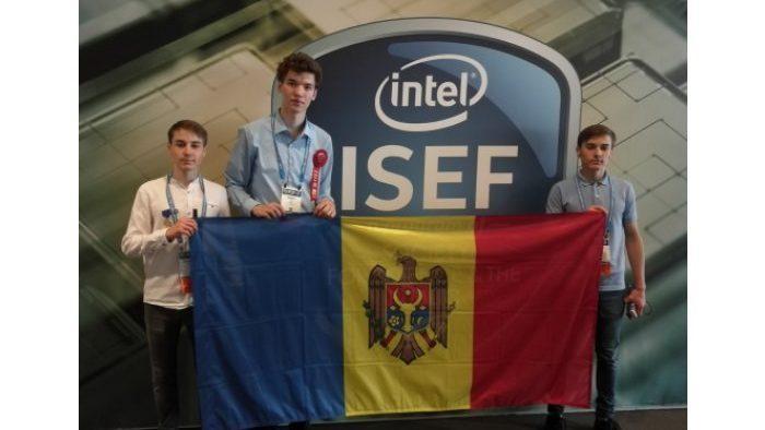 Молдавский лицеист занял второе место на международном конкурсе научных и инженерных проектов