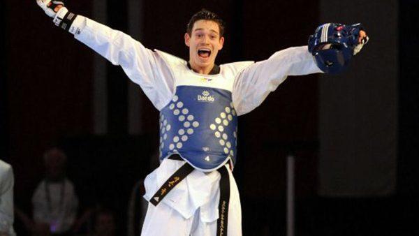 Аарон Кук завоевал серебряную медаль на Чемпионате Европы