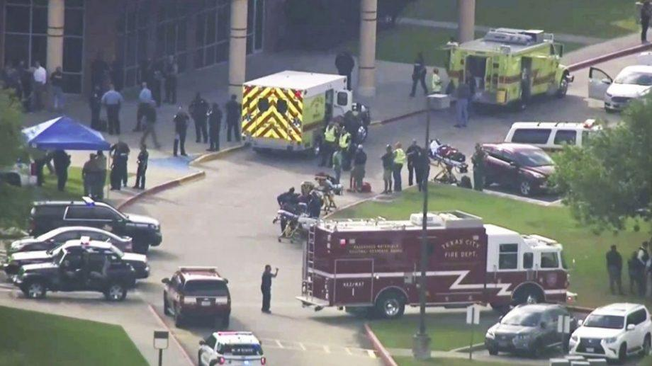 В Техасе преступник открыл огонь в школе