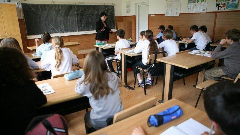 Сколько детей зачислены в первые и девятые классы. Каждый 7 ученик который обучался за границей вернулся в Молдову