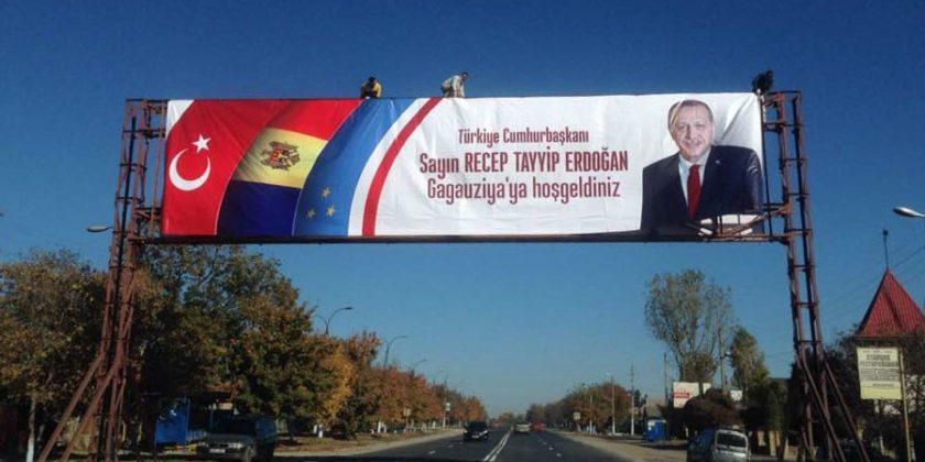 (видео) Жители Гагаузии получат завтра выходной день если захотят присутствовать на выступлении Эрдогана