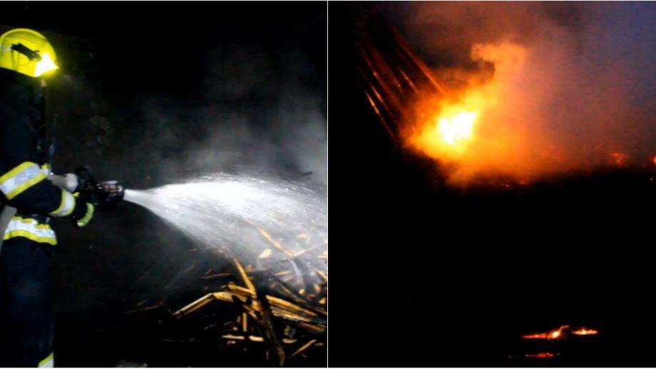 (видео) В пригороде Кишинёва загорелся склад c древесиной площадью 40 м². Причины возгорании выясняются
