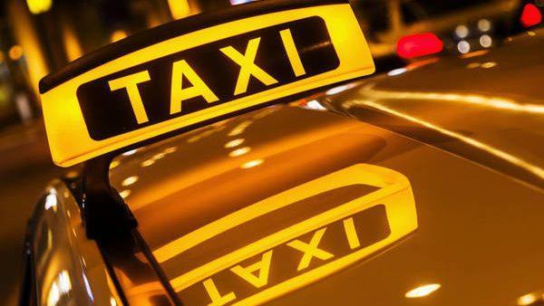 """В Дубоссарах и Бендерах запущено пилотный проект """"Социальное такси"""". Кто может им воспользоваться"""
