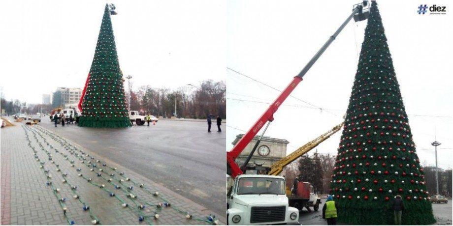 (фото, видео) Рождественская ёлка была уже установлена в центре Кишинэу. Как она выглядит