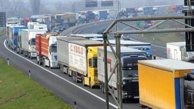 Молдова экспортировала больше товаров в ЕС чем в СНГ, в 2018 году. Внешняя торговля принесла в казну почти 2.5 миллиардов долларов