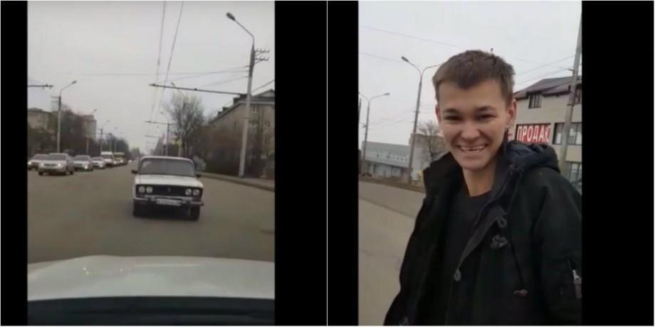 """(видео) Российский влогер переделал старый жигуль в настоящее """"произведение искусство"""". Полиция обязала его уничтожить машину"""