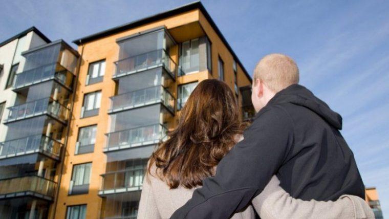 """1800 человек приобрели жилье в рамках программы """"Первый дом"""". Средняя площадь квартиры составляет 59 м2"""