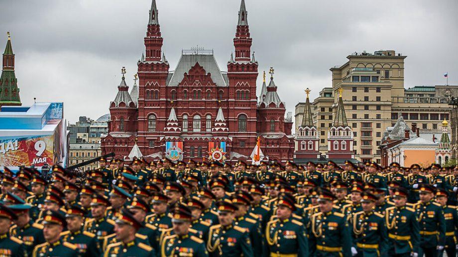 Традиция сохраняется. И в этом году, на параде 9 мая, в Москве не будет ни одного иностранного лидера
