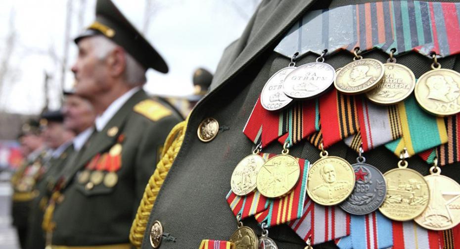 (инфографик) В Казахстане, Азербайджане и в Молдове ветераны получили более высокие пособия к 9 мая чем в России и Украине