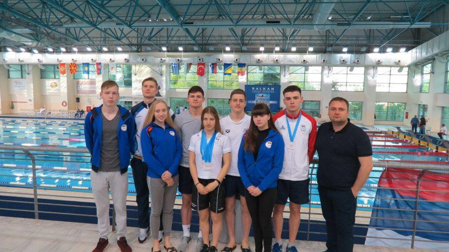 (фото, видео) Молдавские пловцы завоевали 18 медалей на двух турнирах в Европе