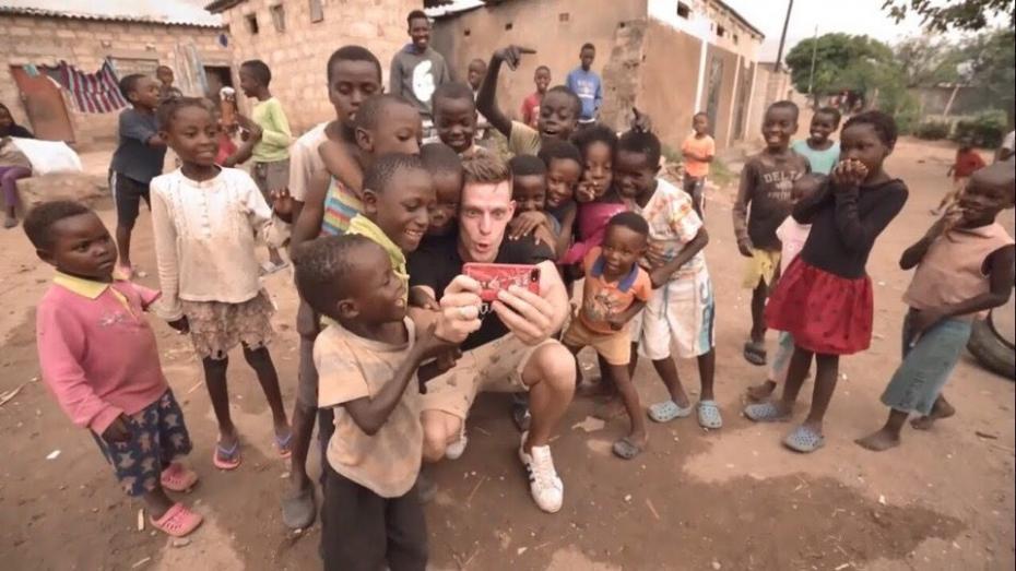 """Герой последнего выпуска """"вДудь"""" был в шаге от депортации из Замбии из-за """"продвижение стереотипов о голоде в стране"""""""