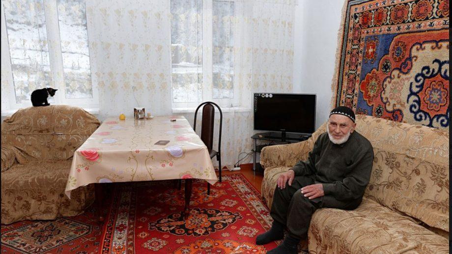 Жил в 19, 20 и 21 веках. В Ингушетии в возрасте 123 лет скончался старейший житель России