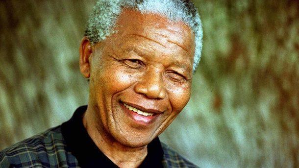 Международный день Нельсона Манделы: первый чернокожий президент ЮАР и борьба против апартеида