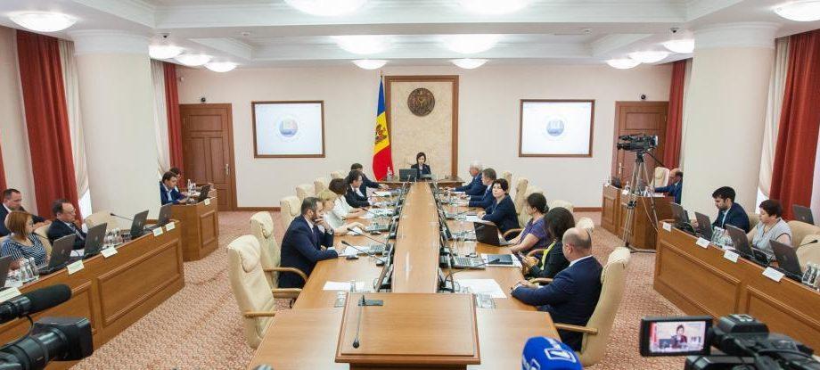 (DOC) Правительство одобрило список генеральных госсекретарей и государственных секретарей, которые уйдут в отставку